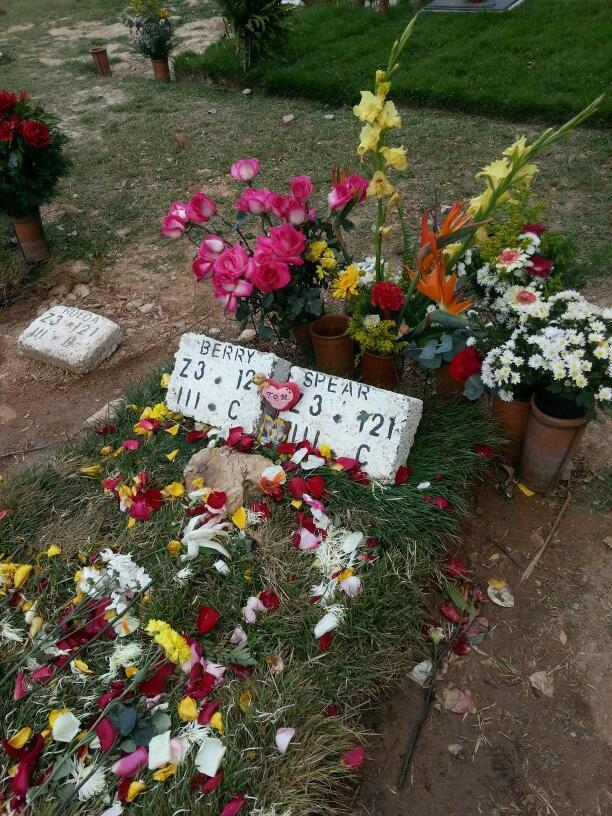 Cementerio dónde está Mónica Spear