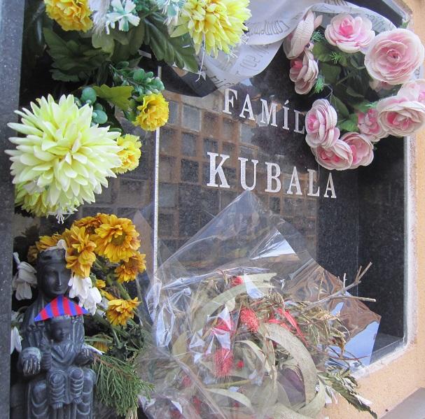Cementerio dónde está Kubala