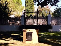 Cementerio dónde está Orson Welles